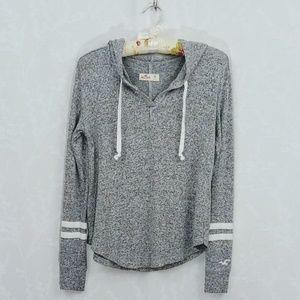 Hollister | Varsity V-Neck Hoodie Sweater | XS